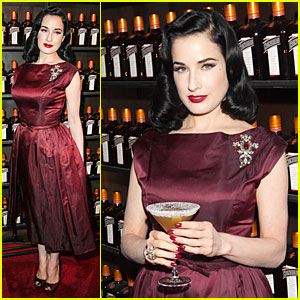 Dita Von Teese: Cocktail Debut in New York!