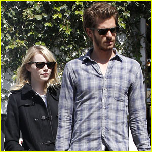 Emma Stone & Andrew Garfield: Book Soup Shoppers!
