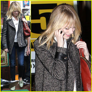 Emma Stone: Shamrock Tattoo Parlor with a Gal Pal