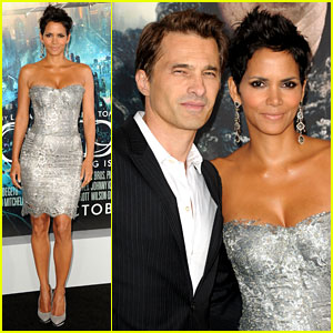 Halle Berry: 'Cloud Atlas' Premiere with Olivier Martinez!