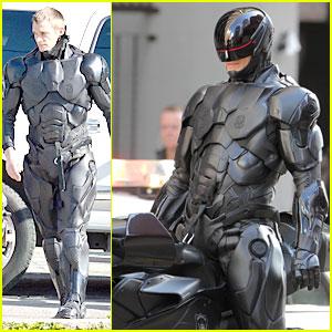 Joel Kinnaman Suits Up In Costume For Robocop Reshoots Joel