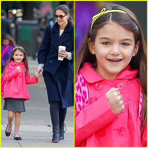 Katie Holmes: Monday Morning School Run with Suri!