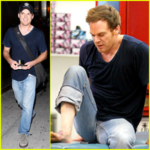 Michael C. Hall: New Foot Tattoo!