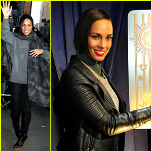 Alicia Keys Lights the Empire State Building