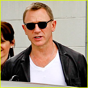 Daniel Craig: Watch 'Skyfall' Title Sequence feat. Adele!