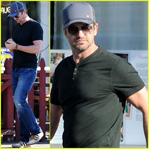 Gerard Butler: Joxer Daly's Afternoon Outing!