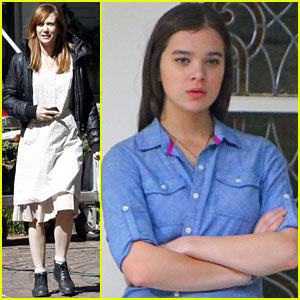 Kristen Wiig: 'Hateship, Friendship' Set with Hailee Steinfeld!