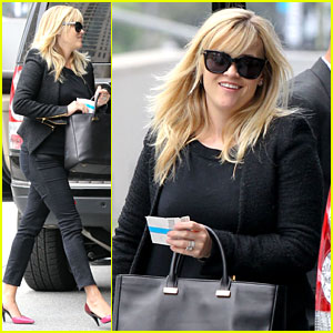 Reese Witherspoon: Afternoon Business Meeting!