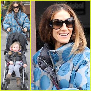 Sarah Jessica Parker Shrugs Off Fashion Icon Status