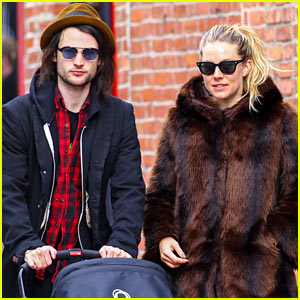 Sienna Miller & Tom Sturridge: Sunday Stroll with Baby Marlowe!