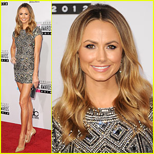 Stacy Keibler - AMAs 2012 Red Carpet