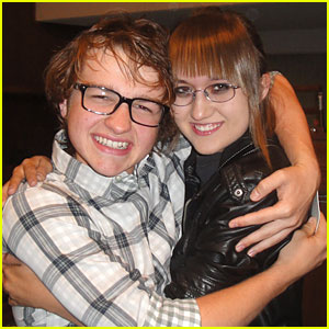 Stalker Sarah Defends Angus T. Jones'  'Two and a Half Men' Remarks!