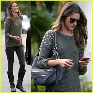 Alessandra Ambrosio: Eat Healthy During Post-Pregnancy Diet!