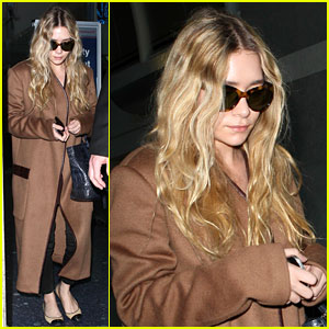 Ashley Olsen Lands at LAX After Flight Trouble