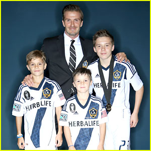 David Beckham Celebrates Final Galaxy Win with His Sons!