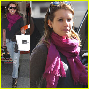 Emma Roberts: I Forgot To Take A Santa Photo!
