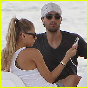 Enrique Iglesias & Anna Kournikova: Miami Boating Couple!