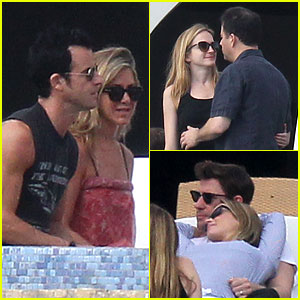Jennifer Aniston: Cabo with Emily Blunt &#038; John Krasinski!