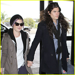 Kelly Osbourne & Matthew Mosshart: Secret Xmas Holiday Trip!