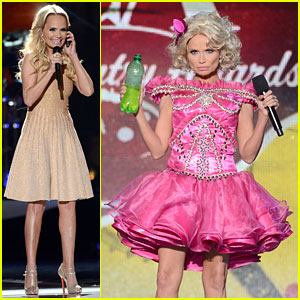 Kristin Chenoweth Dresses as Honey Boo Boo at ACAs!