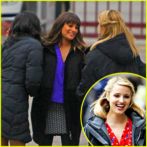 Lea Michele & Dianna Agron: 'Glee' Set Hugs!