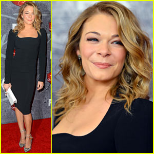 LeAnn Rimes - ACAs 2012 Red Carpet