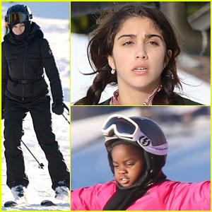 Madonna: Skiing Trip with Lourdes & Mercy!
