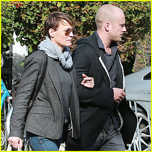 Robin Wright & Ben Foster: Holiday Shopping at Fred Segal!