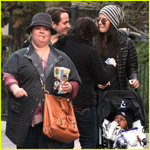 Sandra Bullock &#038; Melissa McCarthy: Disneyland with Louis!