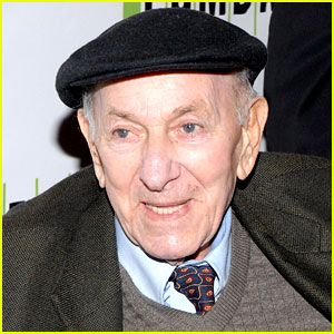 'The Odd Couple' Actor Jack Klugman Dead at 90