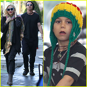 Gwen Stefani & Gavin Rossdale: Saturday Starbucks Stop!