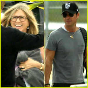 Jennifer Aniston, Justin Theroux, & Friends Depart Cabo