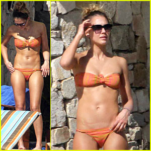 Jessica Alba: Bikini Vacation in Cabo San Lucas!
