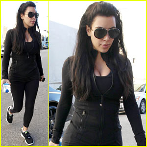 Kim kardashian no morning sickness yet kim kardashian pregnant