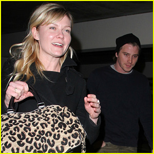 Kirsten Dunst & Garrett Hedlund: Movie Date!