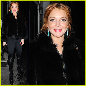 Lindsay Lohan: Nozomi Restaurant Dinner with Pals!