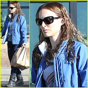 Natalie Portman: Gelson's Grocery Gal!