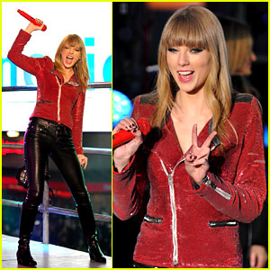 Taylor Swift: New Year's Eve Performance in Times Square!