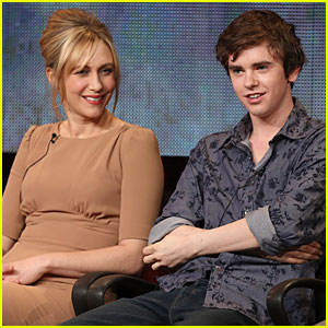 Vera Farmiga & Freddie Highmore: 'Bates Motel' TCA Panel!