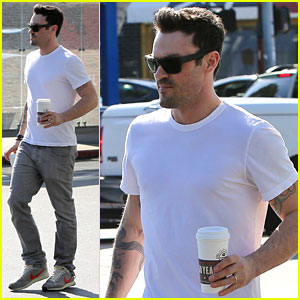 Brian Austin Green: Coffee Bean Stop