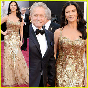 Catherine Zeta-Jones - Oscars 2013 Red Carpet with Michael Douglas