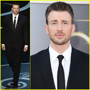 chris-evans-oscars-2013-red-carpet.jpg
