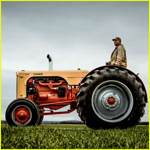 Dodge Ram's Farmers: Super Bowl Commercial 2013 (Video)