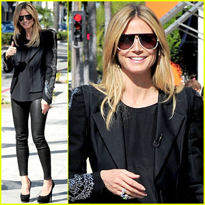 Heidi Klum: Thumbs Up for 'Germany's Next Top Model'!