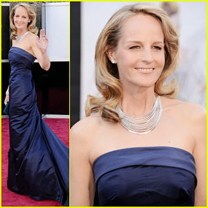 Helen Hunt - Oscars 2013 Red Carpet