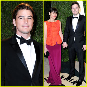 Josh Hartnett & Casey Affleck - Vanity Fair Oscars Party 2013