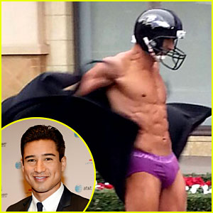 Mario Lopez Streaks Shirtless for Super Bowl Bet on 'Extra'!