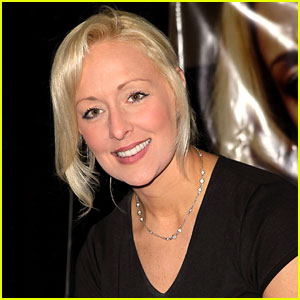 Mindy McCready Dead at 37 in Apparent Su