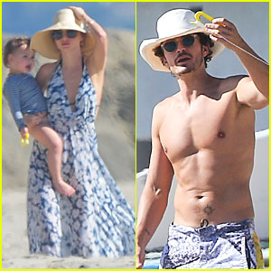 Miranda Kerr &amp; Shirtless Orlando Bloom: Kite Flying with Flynn!