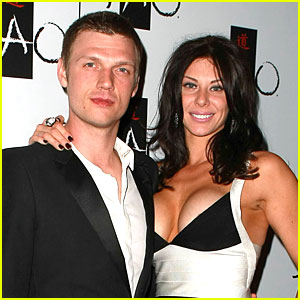 Nick Carter: Engaged to Lauren Kitt!